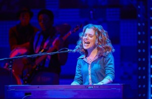 cassidy-janson-carole-king-in-beautiful-the-carole-king-musical-photo-credit-brinkhoff-moegenburg-700x455_zpseszhpwcf