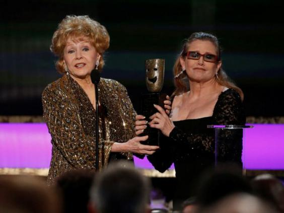 debbie-reynolds-carrie-fisher_zpsqmbjxbdt