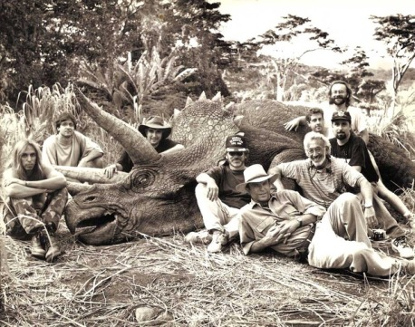 steven-spielberg-sam-neill-stan-winston-and-crew-with-a-triceratops-on-the-set-of-jurassic-park_zps338gpyxo