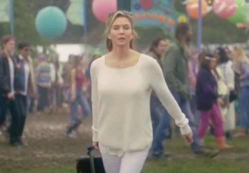 renee-zellweger-back-as-bridget-jones-in-bridget-jones-s-baby_zpsufrui86r