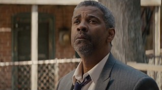 denzel_washington_fences_still_h_2016_zpsxeiqkuk2