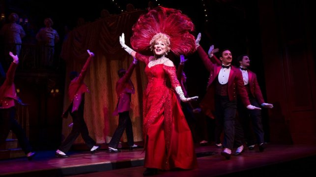 1-1048_bette_midler_in_hello_dolly_photo_by_julieta_cervantes_copy