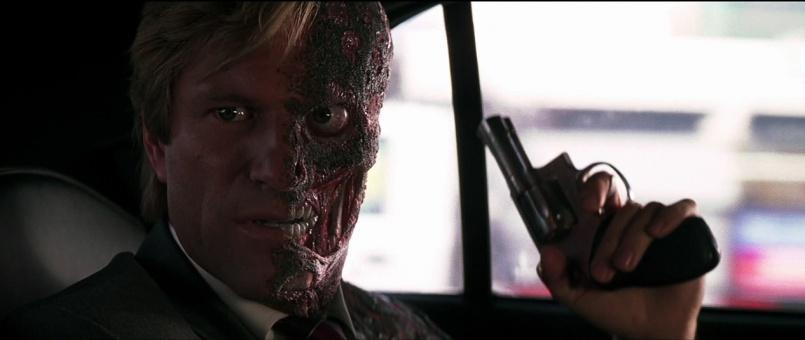-Harvey-Dent-Two-Face-The-Dark-Knight-Screencaps-harvey-dent-13409515-1266-536